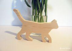 Katze -  Holzdeko natur - klein von Künstlerei am Berg auf DaWanda.com
