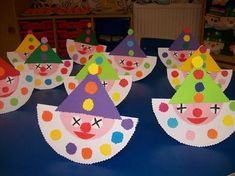 malý šašao Kids Crafts, Clown Crafts, Circus Crafts, Carnival Crafts, Christmas Crafts For Kids, Toddler Crafts, Projects For Kids, Preschool Activities, Diy And Crafts