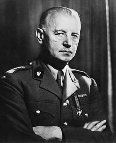 General Wladyslaw Sikorski requested that the International Red Cross investigate the Katyń Forest massacre. This Day in History: April 10, 1940: Katyn massacre - Mass execution of over 4 thousand Polish officers soldiers http://dingeengoete.blogspot.com/2013/04/this-day-in-history-apr-10-1940-katyn.html