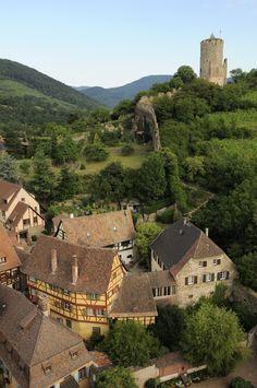 Le village de #Kaysersberg et son #chateau vus du ciel