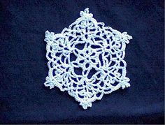 SNOWFLAKE ORNAMENT - free crochet pattern