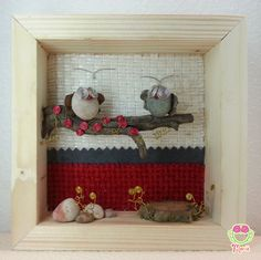 3d picture with two cute owls in love on a blossom tree  Pebbleart - 3dArt - Pebble art and wire - Owls of stones - Cute Owls - My stone's artworks on Etsy  https://www.etsy.com/it/listing/223745327/pebble-art-and-wire-quadro-3d-gufetti