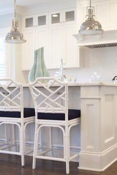 Kitchen - Des chaises en rotin élégantes et stylées I Elaa Décoration