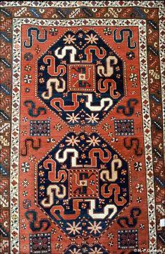 Sardarapat: Teppich im Ethnographischen Museum