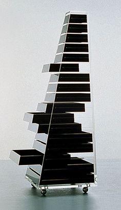 A portable storage furniture. #ArtivDesignCenter Shiro Kurumata . piramide furniture, for Cappellini https://www.facebook.com/pages/Artiv-Design-Center/120027678056383?sk=app_151858328287166