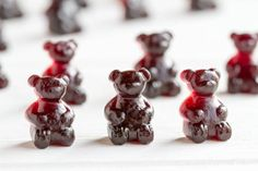 Give your immune system a little boost with these easy to make and super tasty immune boosting elderberry gummy bears. Elderberry Gummies, Elderberry Recipes, Elderberry Syrup, Infused Water Recipes, Infused Water Bottle, Best Gummy Bears, Vegan Gelatin, Vegan Gummies, Gelatine