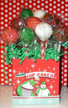 Christmas Cake Pop Ideas Pinterest : 1000+ images about Cake POPS on Pinterest Christmas cake ...