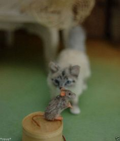 OOAK Realistic ~ Birman Cat & Mouse ~ Handmade Dollhouse Miniature 1:12 Sculpt