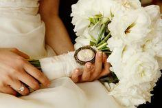 Elementos para atar el ramo de novia #Entrebastidores  #BlogHIgarNovias http://blog.higarnovias.com/2015/06/19/atar-el-ramo-de-novia/