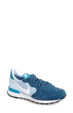 best website 4d2fb 9eaa1  Internationalist  Sneaker Design Nike, Retro Sneakers, Sneakers Nike,  Sneakers Fashion,