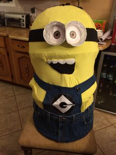 Fabrication d'un costume de Minion pour l'halloween.