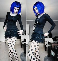 The top half of this girl is what I'd like to think my imaginary punk/goth angry girl drummer alter ego looks like. Minus the creepy eyebrows. Dark Fashion, Gothic Fashion, Blue Bob, Gothic Outfits, Gothic Beauty, Gothic Makeup, Alternative Fashion, Alternative Style, Gothic Girls