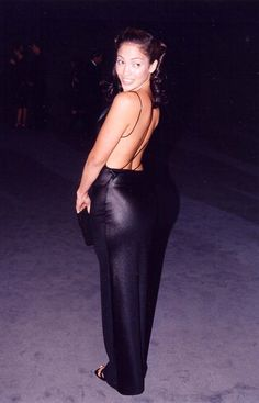 Pin for Later: 48 Jennifer Lopez Outfits That Are So Hot, You'll Need to Open a Window 1997
