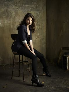 Black leggins or jeans, black tank or cami, blue blazer with rolled sleeves, black boots