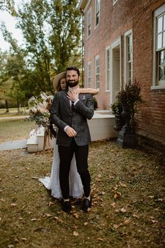 Sweet first look moments | Image by Eastlyn and Joshua