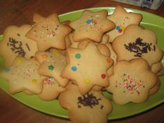 Posts about Soetkoekies written by and kreatiewekosidees Best Biscuit Recipe, Best Sugar Cookie Recipe, Best Sugar Cookies, Cookie Recipes, Dessert Recipes, Desserts, Buttermilk Pound Cake, South African Recipes, Specialty Foods