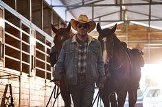 Deputy' - estreno 18 de septiembre en Calle 13 - Audiovisual451 Black Closet, Van, Horses, Chef, Sheriff, Hollister, Drama, Animals, Movie