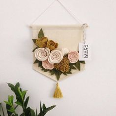New embroidery hoop letter wall decor Ideas Felt Diy, Felt Crafts, Diy And Crafts, Felt Flowers, Fabric Flowers, Paper Flowers, Felt Flower Wreaths, Christmas Embroidery Patterns, Embroidery Hoop Art