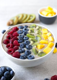 Rainbow Smoothie Bowls are great for breakfast. You just need to blend the ingredients, place the smoothie in a bowl and add your favourite toppings: fresh fruits, dried fruits, nuts, seeds, superfoods ... #plantbased #health