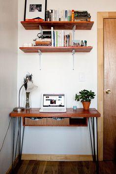 Super Diy Desk Hairpin Home Office Ideas Diy Furniture Projects, Repurposed Furniture, Wood Projects, Hairpin Leg Desk, Desk Shelves, Shelf, Desk Inspiration, Wood Desk, Diy Desk