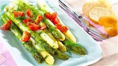 Šalát so salámou | Kuchyňa Lidla Lidl, Zucchini, Vegetables, Food, Essen, Vegetable Recipes, Meals, Yemek, Veggies