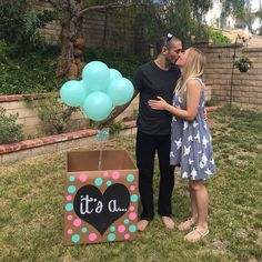 Gender reveal box heart sign it's a party balloons surprise