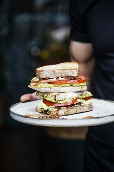 Food Photography | sandwich | lunch | tomato | avocado | Food Styling | Food Porn | Food | Foodie | Eat | Yum | Cook | Schomp BMW