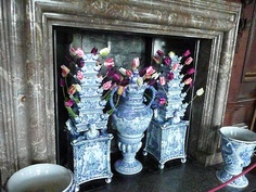 Chinoiserie Chic: More Tulipieres