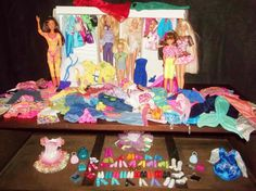 VTG. Barbie 290 + Pieces Clothing Accessories 6 Dolls 1 Double Doll & Acc…