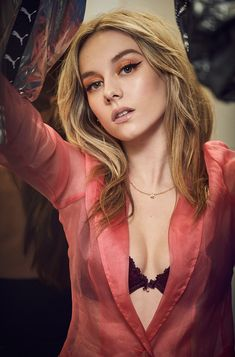 Spanish Actress, Aesthetic Girl, Celebs, Celebrities, Stylish Girl, Woman Crush, Beautiful Actresses, Girl Crushes, Blond