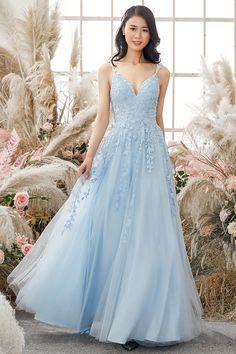 Stunning Prom Dresses, Pretty Prom Dresses, Prom Dresses Online, Prom Dresses Blue, Pageant Dresses, Dance Dresses, Ball Dresses, Beautiful Dresses, Different Prom Dresses