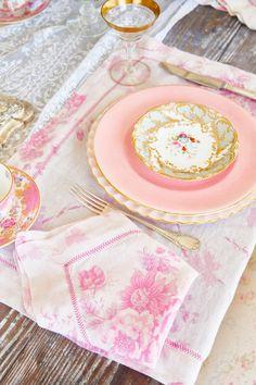 La Vie En Rose Pink Linen Napkin Set