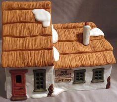 DEPT 56 COTTAGE OF BOB CRATCHIT & TINY TIM HERITAGE DICKENS VILLAGE CHRISTMAS