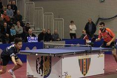 Polonia Bytom - Zooleszcz Bydgoszcz 3:2 Niagol Stoyanov (z prawej) pokonał 3 - 2 Pan Denga (9:11; 11:4; 10:12; 11:5; 11:2)  http://www.wiadomosci24.pl/artykul/superliga_tenisa_polonia_bytom_zooleszcz_bydgoszcz_32_342051-1-1-d-2-