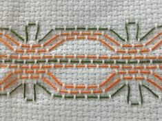 Swedish Embroidery, Towel Embroidery, Embroidery Shop, Cross Stitch Embroidery, Beaded Embroidery, Bead Loom Patterns, Stitch Patterns, Huck Towels, Crochet Cable Stitch