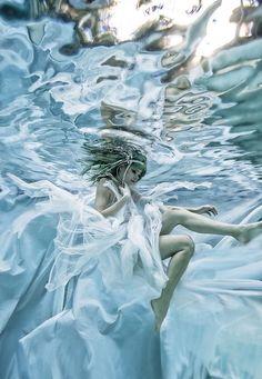 Queen Winter by Romi Burianova