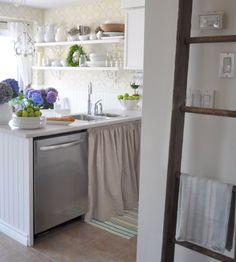 Restoration House: Kitchen makeover and beach find. Country Kitchen, Diy Kitchen, Kitchen Design, Kitchen Cabinets, Kitchen Ideas, Kitchen Inspiration, Kitchen Sink, Aqua Kitchen, Kitchen Updates
