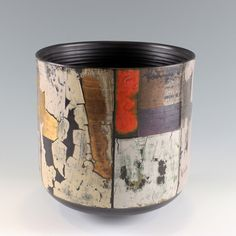 Through a combination of human judgement and specialist technique, Tony Laverick achieves layers of interest with color and texture and creates beautiful porcelain vessels.