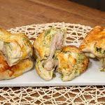 Cacıklı Arap Köftesi | Nurselin Mutfağı Yemek Tarifleri Bagel, Parmesan, Pesto, Baked Potato, Sushi, Potatoes, Bread, Chicken, Baking