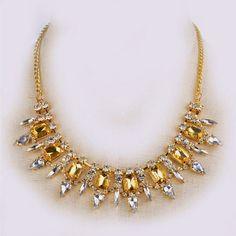 Avem cele mai creative idei pentru nunta ta!: #1300 Mai, Gold Necklace, Jewelry, Fashion, Moda, Gold Pendant Necklace, Jewlery, Jewerly, Fashion Styles