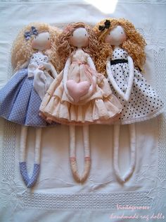 Handmade dolls, clothdolls, vintage, handmade rag dolls, soft dolls, handmade vintage dolls, puppen, pouppées, vintage, waldorf doll, ragdolls vintagerosesdolls.blogspot.hu/
