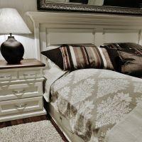 DOKKA BONDEMØBLER AS - HERREGÅRDSENG Bed, Furniture, Home Decor, Decoration Home, Stream Bed, Room Decor, Home Furnishings, Beds, Home Interior Design