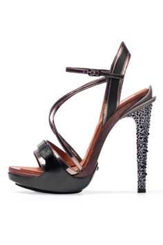 cheapdesignerbox.com  replica designer shoes outlet, discount designer shoes for sale.