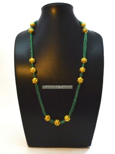 Necklace Lengths, Beaded Necklace, Gold Ring Designs, Neck Chain, Handmade Wire, Gold Hands, Beaded Flowers, Solid Gold, Emerald