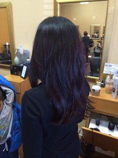 Dark purple hair. I would love for my hair to turn out this colour. Quite subtle but it would be a nice result considering that I am not bleaching. See how I go tomorrow.