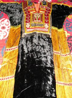 Amazing Vintage Saudi Arabian Embroidered Velvet by becocooned