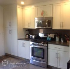 Carlton Painted Linen Raised Panel Kitchen Cabinets From Cliqstudios Real Kitchens By