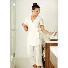 Female therapist cream tunic omward