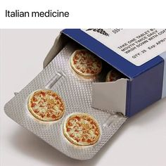 Tagged with funny, memes, pizza, lifehack; Because pizza. Pizza Kunst, Pizza Art, Pizza Pizza, Funny Memes, Hilarious, Jokes, Humor Grafico, Feeling Sad, Conceptual Art