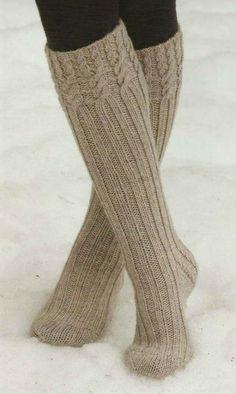 Cable Knit Socks, Knitting Socks, Filet Crochet, Fluffy Socks, Winter Socks, Crochet Slippers, Cool Socks, Leg Warmers, Knitting Patterns